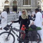 Sara Haba First Lady To Reach Makkah on Bicycle