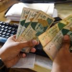 Pakistan to Raise Salaries of Government Employees Amid Economic Fallout