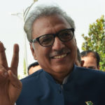 President Arif Alvi Gets Admired for Standing in a Queue at the Bakery [Video]
