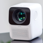 Xiaomi Releases Portable Wanbo T2 Free Projector