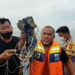 Boeing 737 Jet 'Crashes' After 'Falling 10,000ft' Following Takeoff from Indonesia and VANISHING Off Radar [PHOTOS]